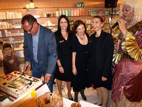 Bürgermeister Heiler zu Gast bei der Parfümerie Gutting